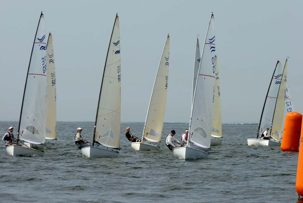 11-07-11-Finn-Race4-windward-mark_sm.jpg