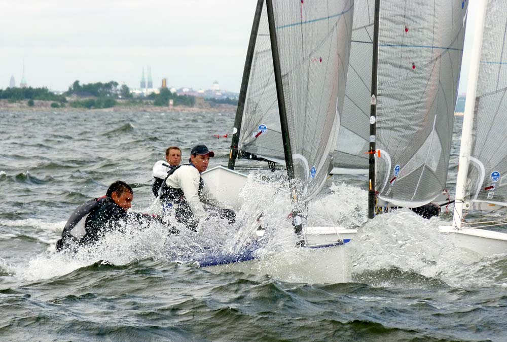 12-7-11-Finn-Race8-windward-mark_gal.jpg