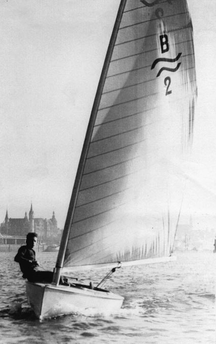 Sailing his Borresen Finn in Antwerp