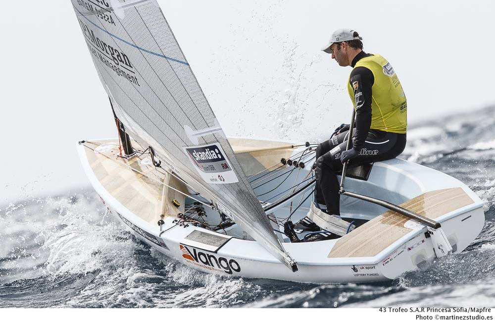 palma-day5-ainslie-in-borrowed-boat-pic-nico-martinez.jpg